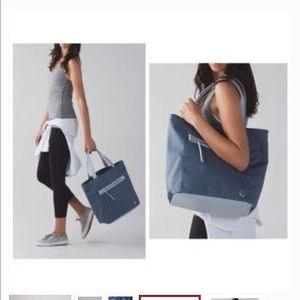 Lululemon Out And About Tote In beautiful blue-gra